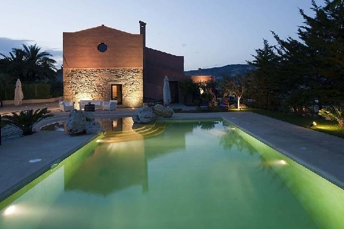 Villa Palizzolo Rent Sicily Villa in Buseto Palizzolo - Image 1 - Buseto Palizzolo - rentals