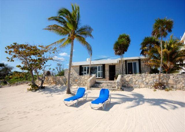 Casa Maya, Akumal.  Beachfront bungalow. - Casa Maya, Cute Beach Bungalow! - Akumal - rentals