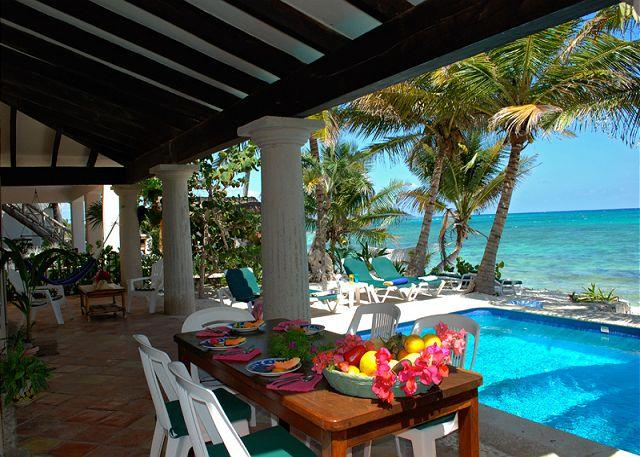 Poolside dining, Casa San Francisco, South Akumal - Charming Hacienda style villa in South Akumal with guesthouse. - South Akumal - rentals