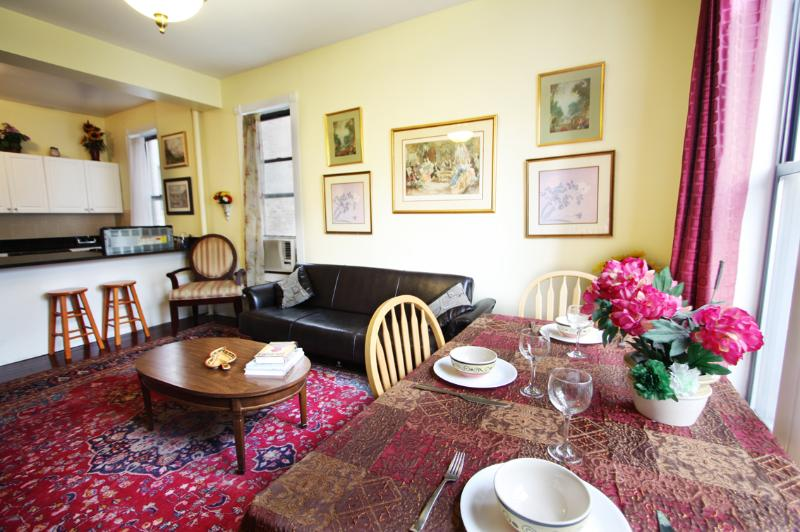 Huge 4 bedroom  mins to Time Sq!(Minumum 30 night) - Image 1 - New York City - rentals