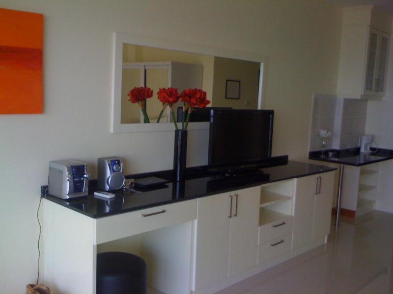 the best beachfront condo jomtienbeach pattaya - Image 1 - Pattaya - rentals