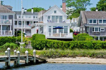 CLASSIC COLONIAL WITH VIEWS OF EDGARTOWN HARBOR & LIGHTHOUSE - EDG JCON-119 - Image 1 - Edgartown - rentals