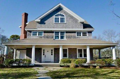 SEA STAR: WONDERFUL WATER VIEWS AND PRIVATE BEACH - VH FBAN-15 - Image 1 - Vineyard Haven - rentals