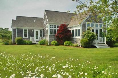 WILDFLOWER COTTAGE: ROLLING MEADOWS WITH POOL & HOT TUB - EDG BKEN-23GH - Image 1 - Edgartown - rentals