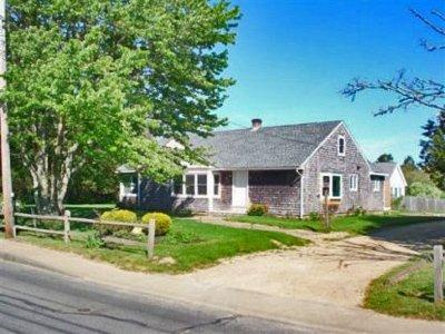 WALK TO TOWN FROM THIS RENOVATED COTTAGE - EDG HJON-47 - Image 1 - Edgartown - rentals