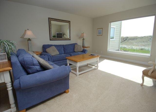 Unit 814 Living Room - Oceanfront Luxury Condo, Step off your Patio onto the Dunes! - Westport - rentals