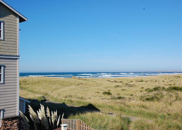 Vacations by the Sea 922 - Beautiful 1-BD beach home!  Walk to beach & lighthouse! - Westport - rentals