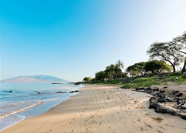 Kamaole Beach 3 just across from Kamaole Sands - Kamaole Sands #3-402 Ocean View Sleeps 6. SUMMER SPECIAL $150 / NIGHT - Kihei - rentals