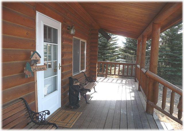 Front entry to the cabin - Yellowstone Lookout Cabin - Pray - rentals