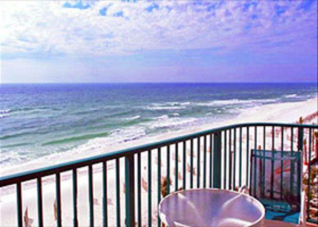 Balcony View - BEACHFRONT FOR 6! OPEN WEEK OF 4/18-4/24 - 10% OFF - Destin - rentals