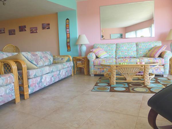 Living Area, light and spacious and beautiful sunrises. - Atlantic Oceanview Luxury Condo Overlooking Marina - Key Largo - rentals