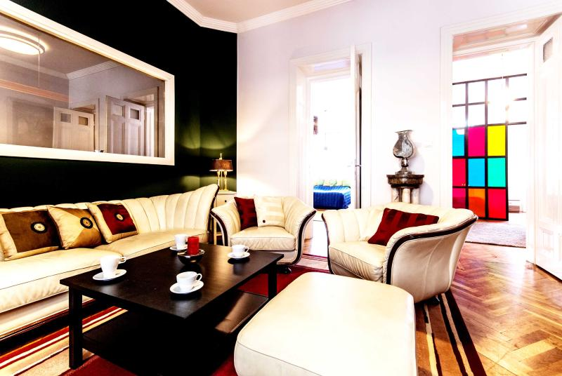 5 bedroom  Design Apartment in Fashion District, A/C, Wifi, 185 sqm - Image 1 - Budapest - rentals