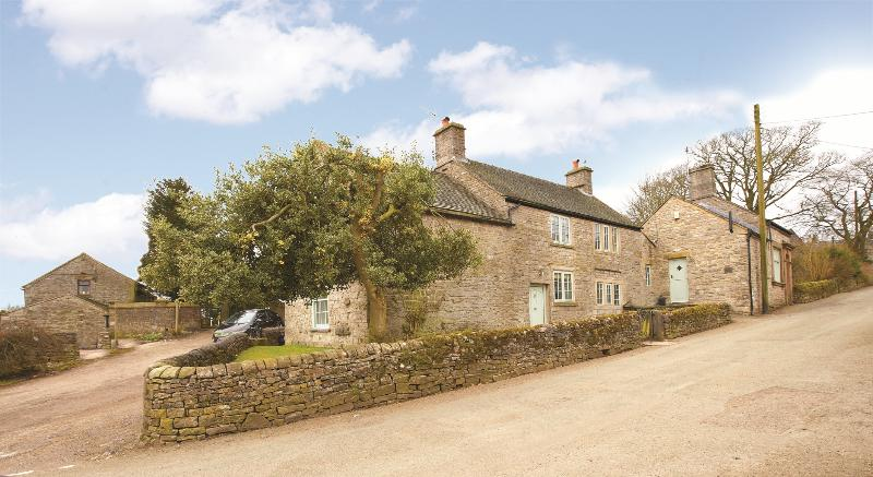 UK Cottage for the Holidays - Dovedale House - Image 1 - Alstonefield - rentals