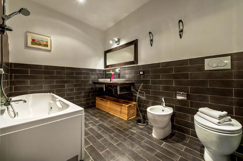 Family Apartment Rental near Campo dei Fiori Rome - Campo dei Fiori - Mercury - Image 1 - Rome - rentals