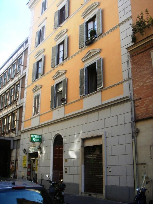 Apartment Rental in Rome City, Historic Center - Napoli 2 - Image 1 - Castel Gandolfo - rentals