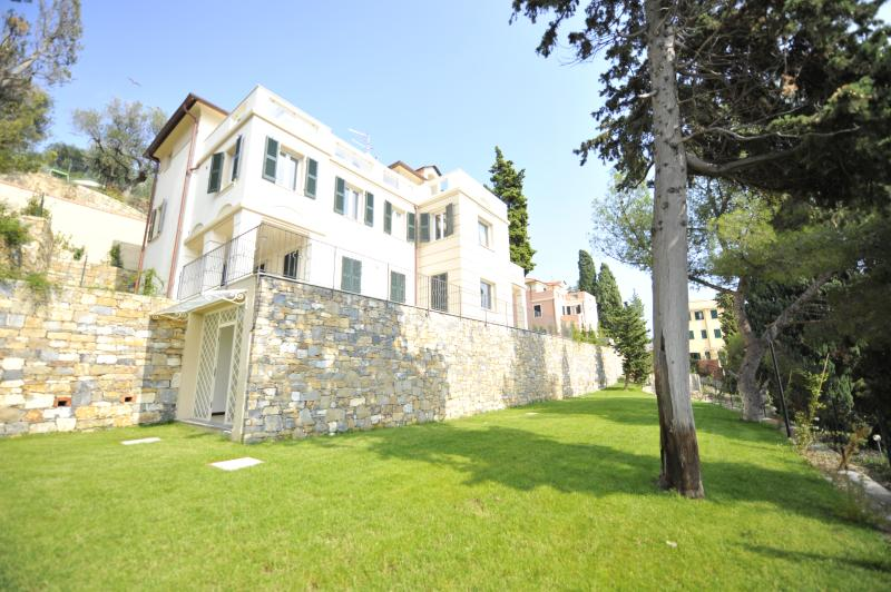 Beautiful Italian Villa in Liguria - Villa Imperia - 11 - Image 1 - Imperia - rentals