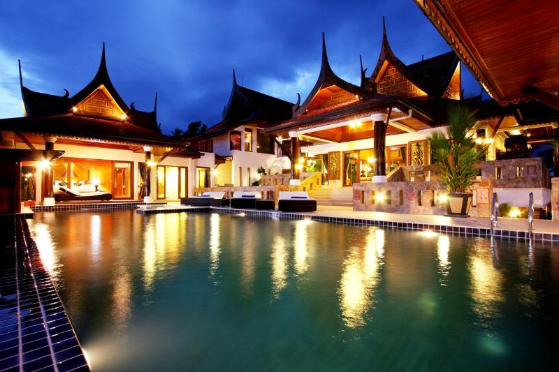 Pool by night - Patong Sea View Villa with upto 11 rooms with chef - Patong - rentals