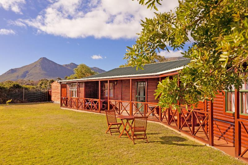 Log  Cabin country cottage - Bosuns cottage - Cape Town - rentals