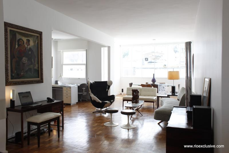 Stylish Ipanema flat, steps to beach : Rio006 - Image 1 - Ipanema - rentals