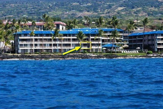 View from the ocean - Oceanfront Kona Reef Vacation Condo w/WiFi - Kailua-Kona - rentals