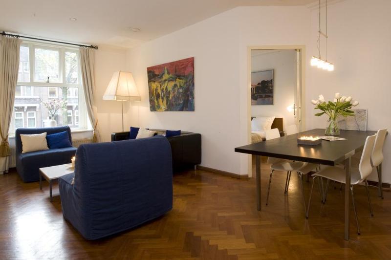 Intermezzo Apartment in Amsterdam - Image 1 - Amsterdam - rentals