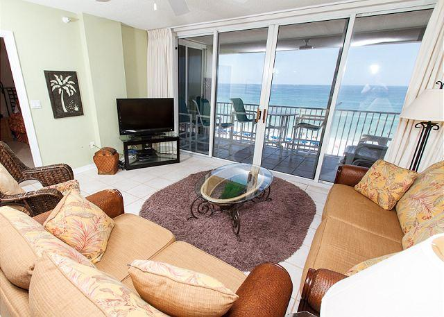 Stunning top floor views out of the floor -to- ceiling glass bal - IP 707:*TOP FLOOR*RESERVED PARKING,BCH FRNT MASTER,king-queen-queen,Free WIFI - Fort Walton Beach - rentals
