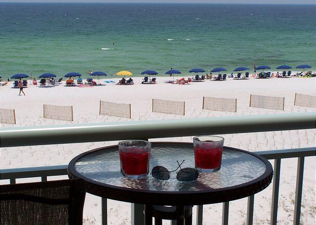 Balcony Beach Service - PI 311:AMAZING UPGRADES, STAINLESS, GRANITE, 4 LED/DVD TVs, RESERVED PARKING - Fort Walton Beach - rentals