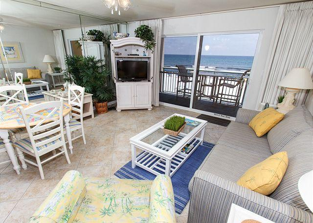 Living Room - PI 314: Beautiful beachfront condo- balcony, pool, WiFi,Free Beach Service - Fort Walton Beach - rentals