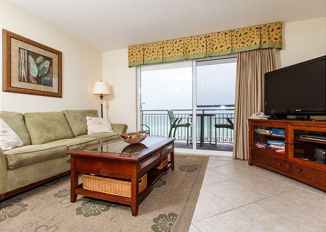 Living Room - PI 413:Life's at ease with an ocean breeze. Come UNWIND AT THE BEACH! - Fort Walton Beach - rentals