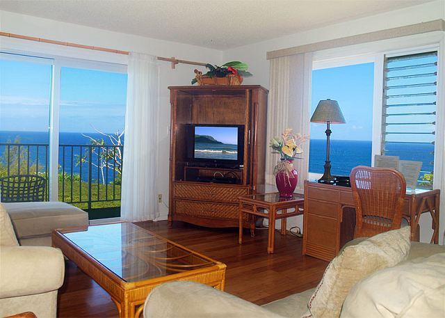 Alii Kai 7204: Oceanfront top floor corner condo, great for whale watching! - Image 1 - Princeville - rentals