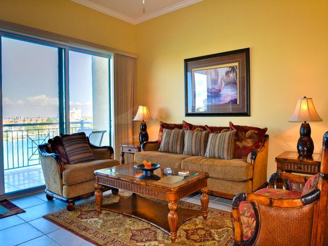 Comfortable seating in the living room - Bay Harbor 504 Waterfront | 3 bedrooms, 3 baths. Just over 1800 square feet - Clearwater Beach - rentals