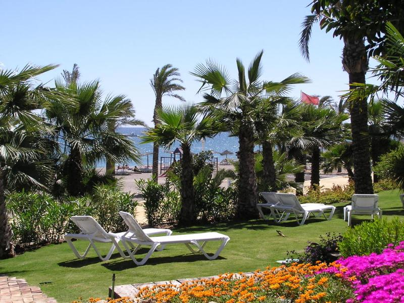 Las Canas Beach 3  bed  luxury apartment Marbella - Image 1 - Marbella - rentals