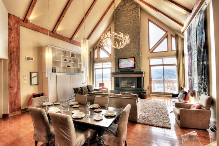 Living room open space with Dining area 172-10 - Altitude deluxe Ski-in/out condos 3brs Spa Sauna - Mont Tremblant - rentals