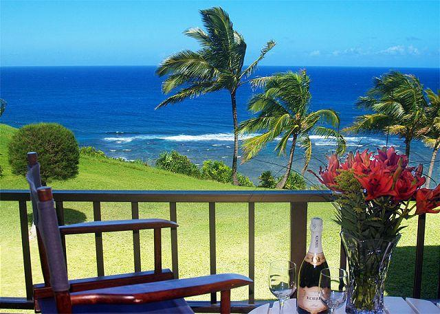 Sealodge J9: Oceanfront and updated, beautiful upstairs 2br/2ba condo - Image 1 - Princeville - rentals
