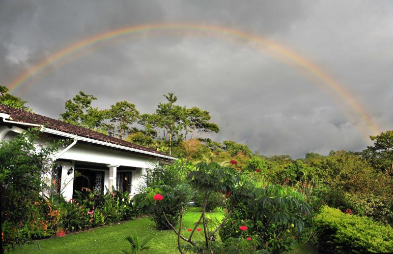Rainbow over Casa Gavilan! - Rainforest Villa: 3BRs, Private Pool, Lake View - Nuevo Arenal - rentals