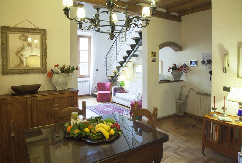 Duomo Florence luxury apartment, perfect location - Image 1 - Florence - rentals