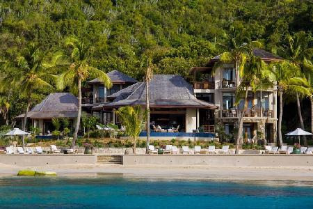 Aquamare Estate, 3 private beachfront villas with heated pool, alfresco showers & tropical gardens - Image 1 - Mahoe Bay - rentals