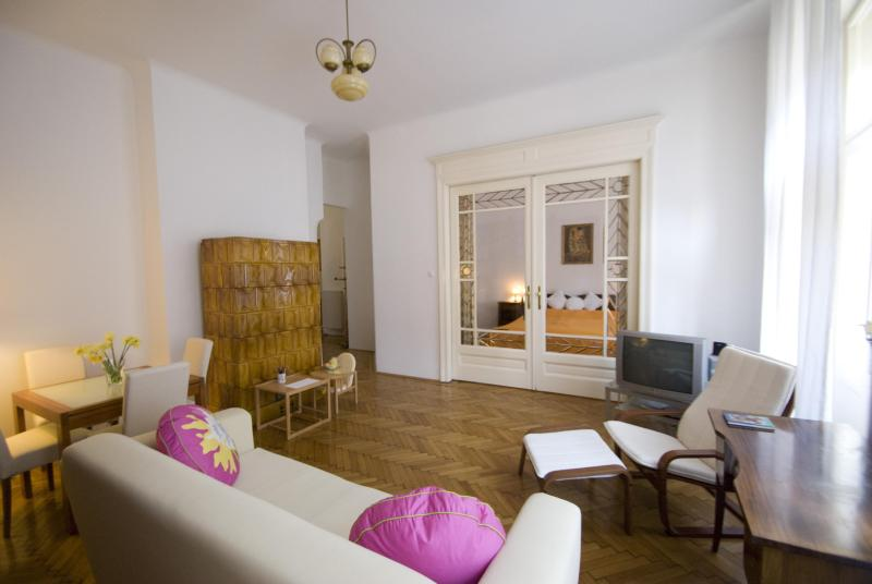Living room - City center, family friendly flat with free wi-fi - Budapest - rentals