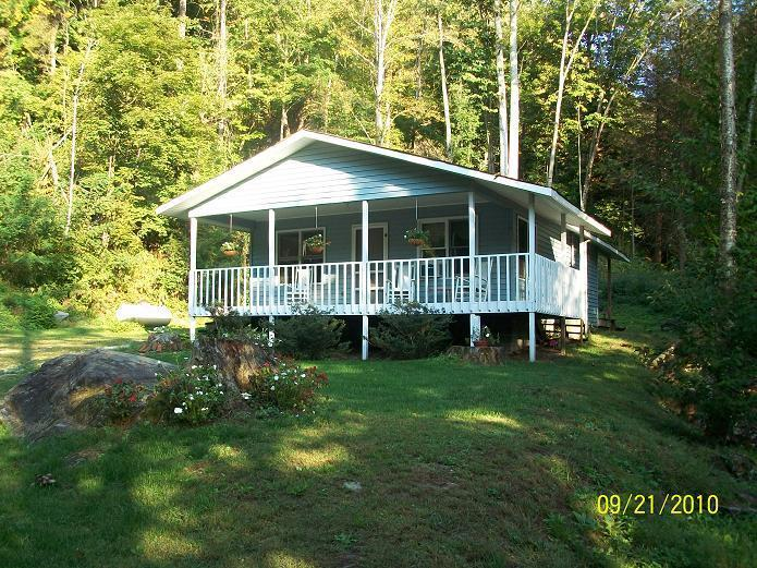 Cottage Nestled at the Base of Roan Mountain - Image 1 - Roan Mountain - rentals