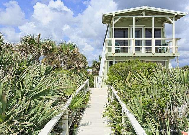 You'll love our ocean-front Flagler Oasis Beach House! - Flagler Oasis Beach House, Sleeps 8, Beach Front HDTV, Wifi - Flagler Beach - rentals