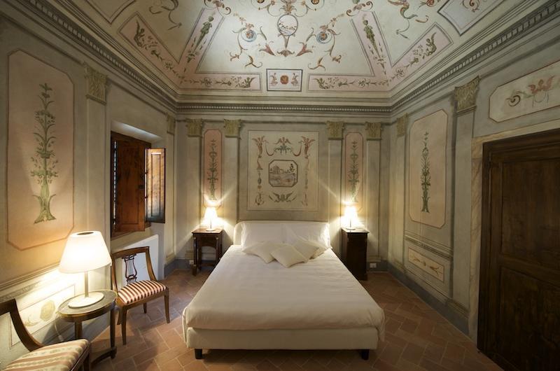 camera affrescata - 4 Bedroom Bed and Breakfast in the Hills of Chianti - Certaldo - rentals