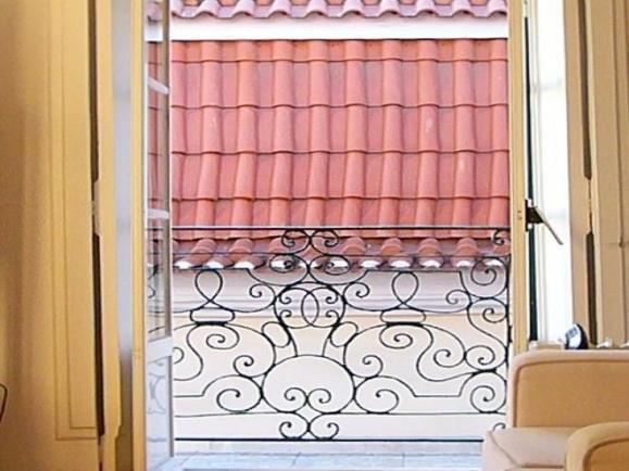 Character - Bica - Image 1 - Costa de Lisboa - rentals