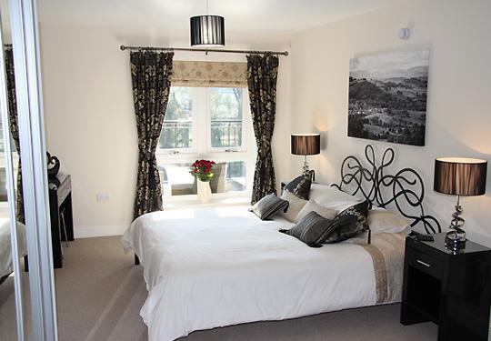 Master bedroom - Luxury Riverside Apartment in Kendal - Kendal - rentals