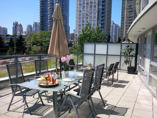 Terrace - Downtown Luxury Suite w/ Massive Terrace - Vancouver - rentals