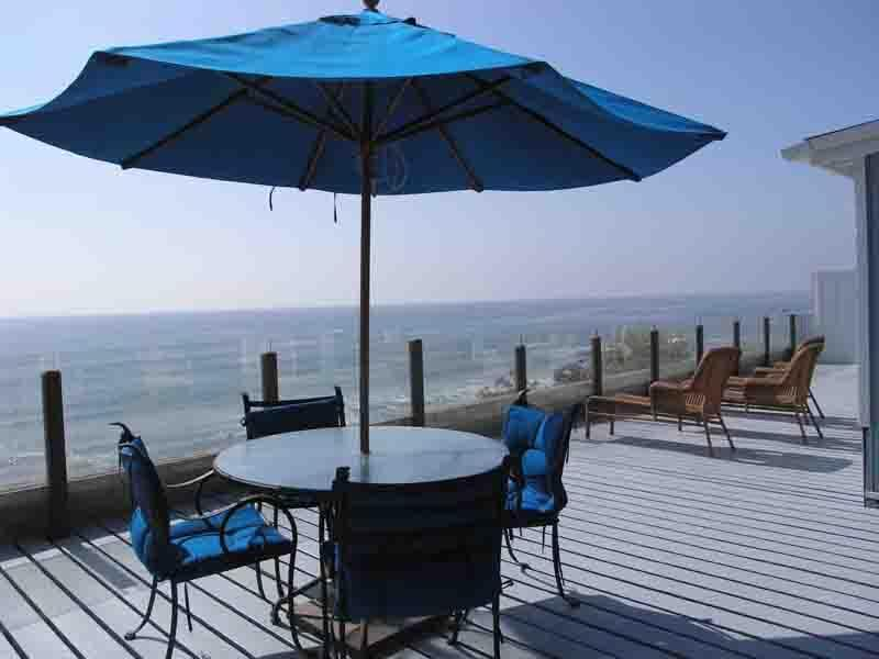 2 Decks, this is the first level Deck, second is off master bedroom - Pool, Oceanfront House, Downtown Encinitas, slps 9 - Encinitas - rentals