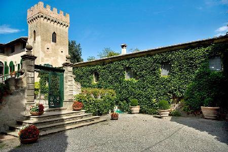 Beautifully restored 16th century Villa di Montelopio with cook and maid service - Image 1 - Pisa - rentals
