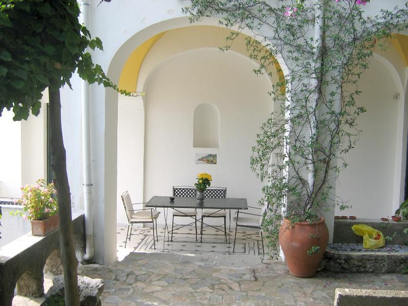 Seaside Apartment on the Amalfi Coast with Access to the Sea - Casa Minori - Image 1 - Ravello - rentals