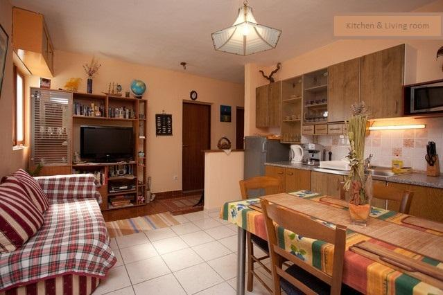 Apartment Edi   WELCOME and feel comfortable in our home - Image 1 - Hvar - rentals