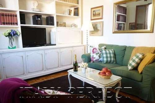 Perfect Duomo Location-Fantastic Reviews-Welcome Basket-A/C-Solare Apartment - Image 1 - Florence - rentals