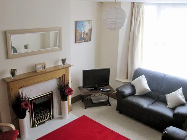 ABBEY'S VIEW, pet friendly in Whitby, Ref 3820 - Image 1 - Whitby - rentals
